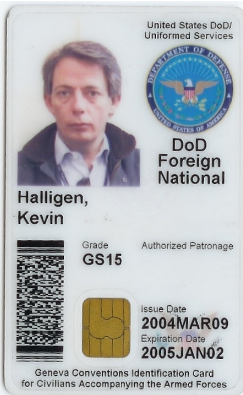 A Common Access Card (CAC), with Halligen's name and photo, issued by the U.S. Department of Defense.