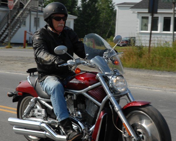 Independent candidate for U.S. Senate Angus King began a 600-mile motorcycle campaign ride from Fort Kent to Kittery on Monday.