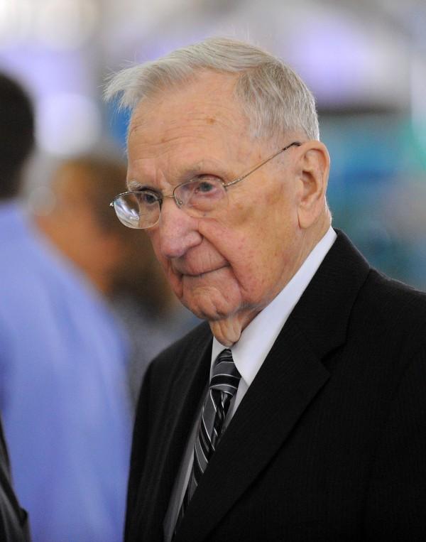 Woodrow Cross, 95, founder of Cross Insurance Agency