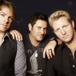 Rascal Flatts thrills country fans on Bangor Waterfront