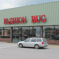 Mood cloudy at half-vacant Ellsworth mall as Fashion Bug closure announced
