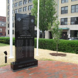 New memorial honors fallen Portland firefighters
