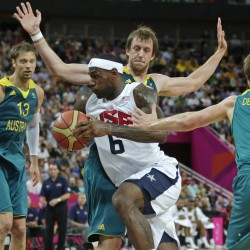 US men beat France 98-71 in Olympic basketball