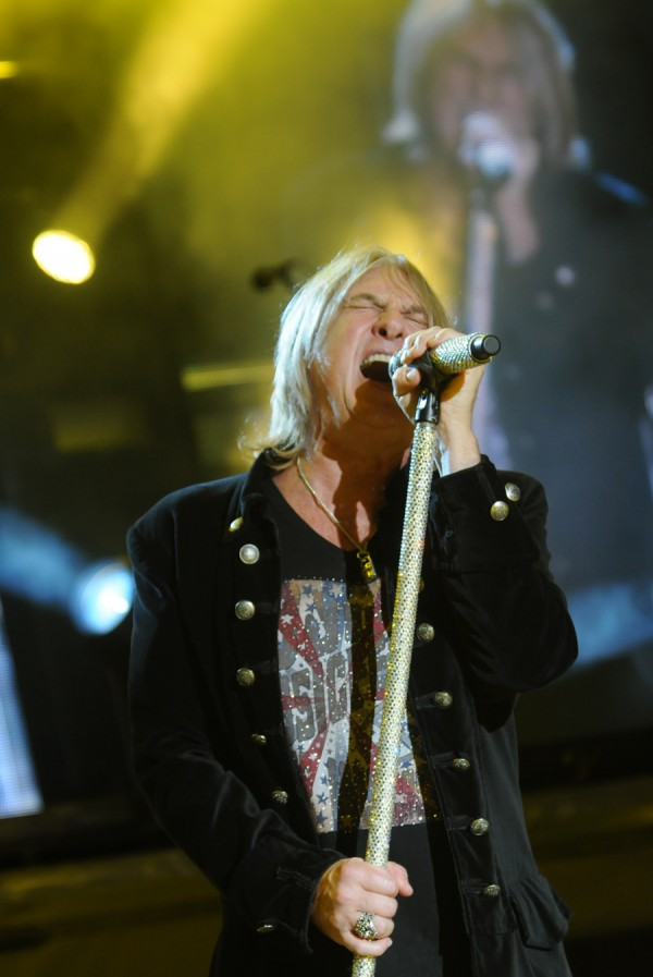Def Leppard's Joe Elliot perorms onstage at the Bangor Waterfront on Wednesday.