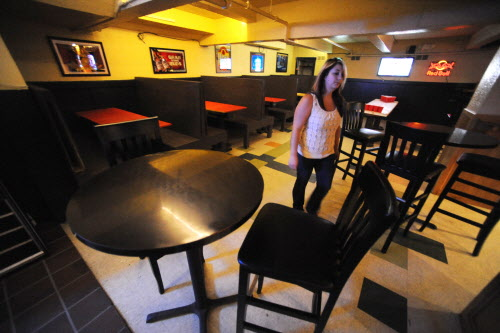 Ashleigh Freeman has just opened the Phoenix Pub at the former site of Benjamin's on Franklin Street in downtown Bangor. The pub features homemade bar food and breakfast fare from 7:30 p.m. to 1:30 a.m. The bar also features DJ music and live bands.