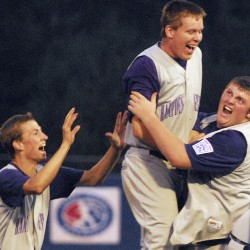 Hampden handles Canada in Senior League World Series debut