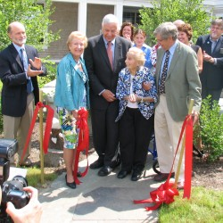 Bar Harbor: MDI lab dedicates research building