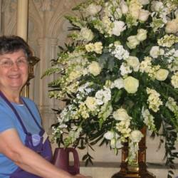 Jonnie Sue Hicks, Washington DC floral designer, will lead a hands-on flower arranging workshop August 18 at St. John's Church, Thomaston.  FMI: 3548734