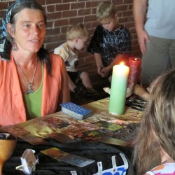'She's around': Believers found at Fort Knox Psychic and Paranormal Faire