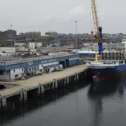 Progress made in longshoremen's labor talks