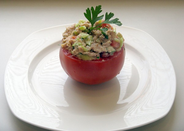 Tuna salad stuffed tomatoes is ideal for lunch or dinner.