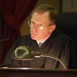 Commission recommends pay hike for Maine judges