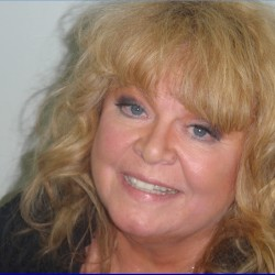 Sally Struthers enters not guilty plea for Maine DUI