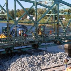 DOT discussing Howland's Penobscot River bridge options