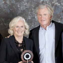 Actress Glenn Close, husband to be honored in Portland