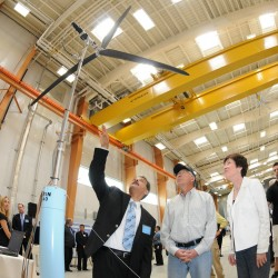 UMaine officials woo offshore wind firms