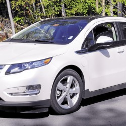 The 2012 Chevrolet Volt offers sleek style in the form of a four-door sedan. Painted Summit White with black trim, this Volt, a five-door hatchback, offers a Color Touch AM/FM stereo with CD player and MP3 playback and six speaker surround sound, MyVOLT.com Vehicle Connectivity, accessory jacks, and 17-inch wheels. This 2012 Volt is available at Varney Chevrolet, 384 Somerset Road, Pittsfield.