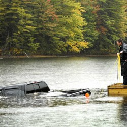 3 people rescued off island after canoe capsizes in Androscoggin River