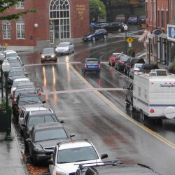 Expert advises Camden, Thomaston how to make downtowns pedestrian-friendly