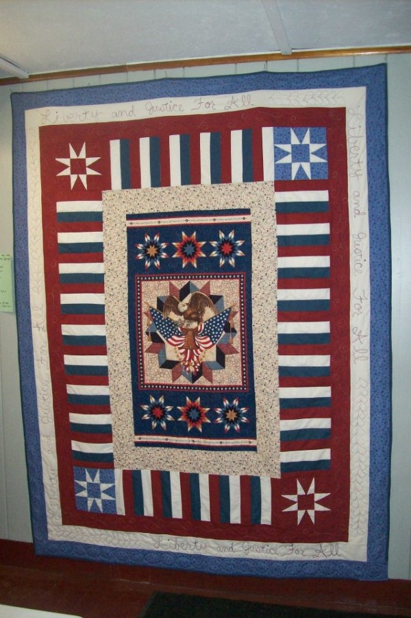 This patriotic quilt will be raffled to benefit the VFW in the Sherman area to assist its efforts in bring the Vietnam Moving Wall back to the area in 2013.