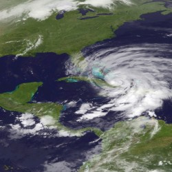 Hurricane Sandy could cost insurance industry as much as $10B