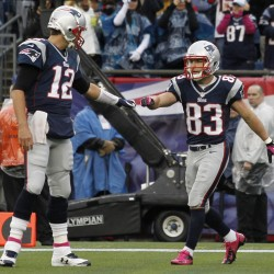 Welker regrets foot-related comments