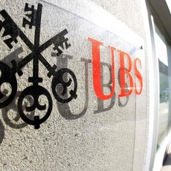 Rogue trader suspected in $2 billion loss at UBS