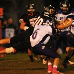 Offensive line powers Hampden by Brewer