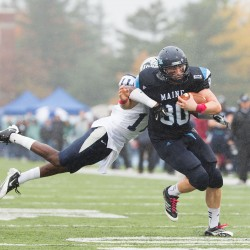 UNH football team shuts down UMaine in regular-season finale; Bears await playoff berth