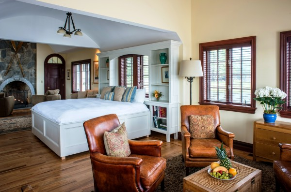 A suite at the White Barn Inn in Kennebunkport.