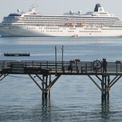 Cruise ships spent $45 million in Maine in 2011, up 25 percent