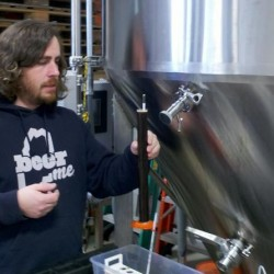 Beer makers helping their neighbors in two Portland brewery clusters