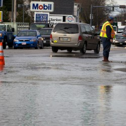 Water main break affects 20 Portland buildings