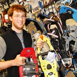 Farmington celebrates snowshoe maker