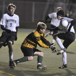 Ellsworth, Camden Hills to battle for 'B' boys soccer crown