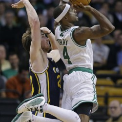 Pierce carries Celtics past Jazz in OT