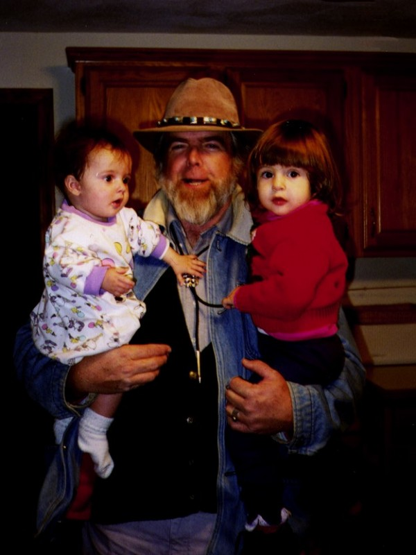 Edward Hinckley, Maine's first commissioner of Indian affairs, who died November 12 at age 77, is shown in this 1994 photo with his granddaughters.