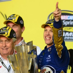 Jimmie Johnson turns heat up on Brad Keselowski