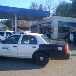Bangor police still searching for armed mini-mart robber