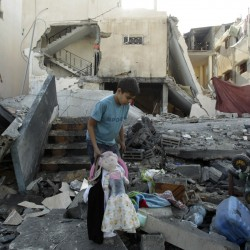 Israel holds off on escalating Gaza barrage; West wants truce