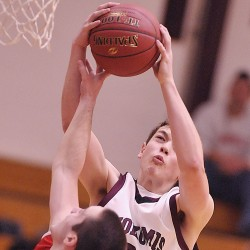 Top-seeded Oceanside boys beat Winslow, visit Camden Hills next