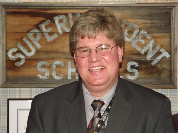 RSU 19 Superintendent Greg Potter