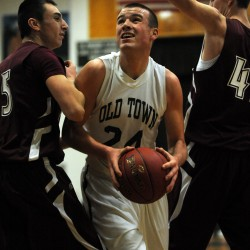 Feeney-Seavey combo helps Washington Academy boys basketball team top Bucksport