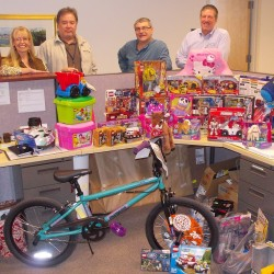 Burns & McDonnell employee-owners proudly participated in the annual Toys for Tots program.