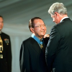 Leahy sworn in as Senate president pro tempore following death of Sen. Inouye