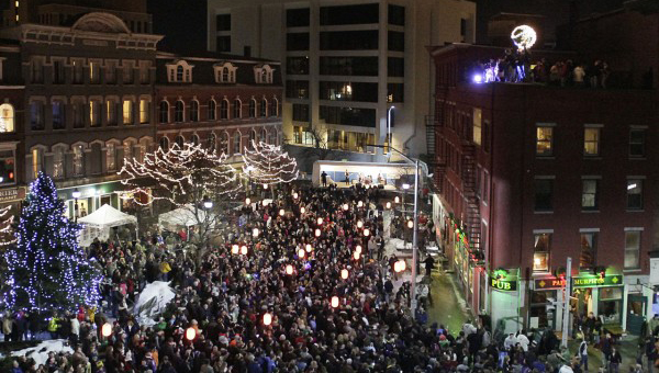 Downtown Bangor ball drop on Dec. 31, 2010. BDN photo by Michael York.