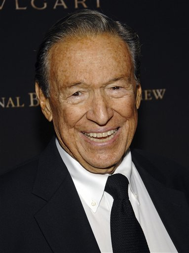Television news journalist Mike Wallace smiles at the 2007 National Board of Review of Motion Pictures Awards Gala in New York in January 2008. Wallace, famed for his tough interviews on &quot60 Minutes,&quot  died, Saturday, April 7, 2012. He was 93.