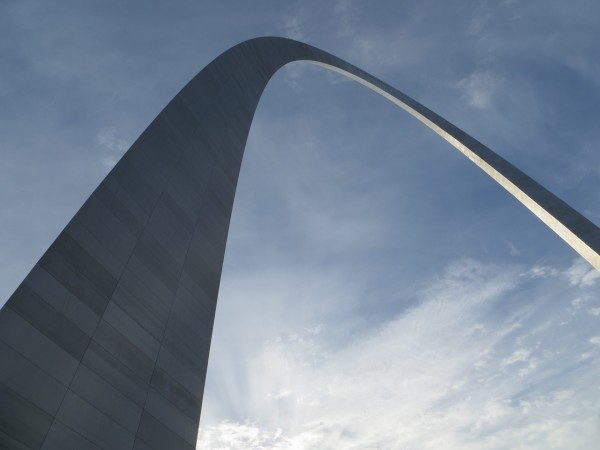 The Gateway Arch represents the role that the city of St. Louis played as the threshold of westward expansion for the United States during the 19th century. Its shape and symbolism, however, inspire dreams that move beyond our history — into a future of progressive discovery, growth, and progress.