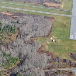 Truck in fatal plane crash had no beacon light