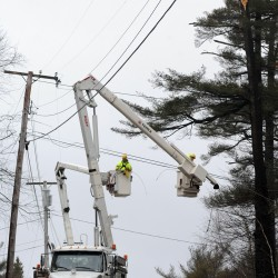 Bangor Hydro rate increase draws few complaints